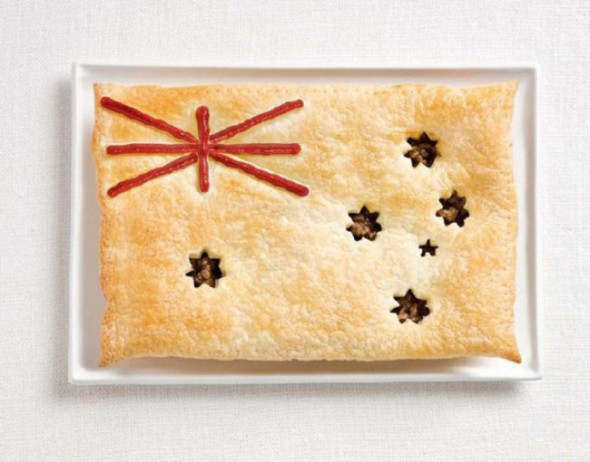 australia-flag-made-from-food-600x471-650x510