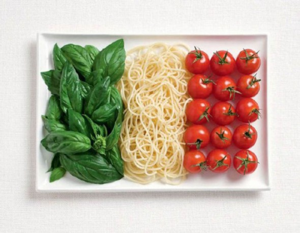 italy-flag-made-from-food-600x468-650x506